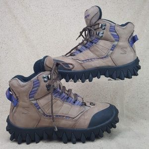 Salomon Clima Dry Hiking Trail Boots Women's 8